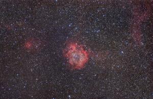 Nebulosa rosetta largo campo